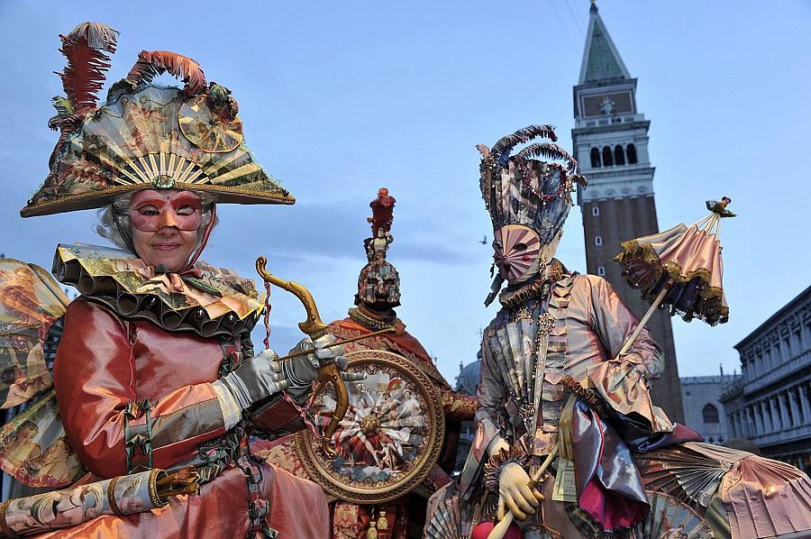Венецианский маски